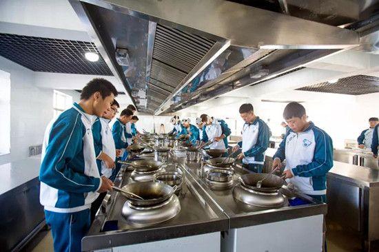 石家庄工程技术学校厨师专业与那个学校联办